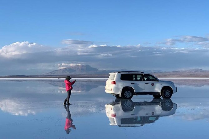 Standar 3 Days Uyuni Salt Flats and Colorfull Lagoons