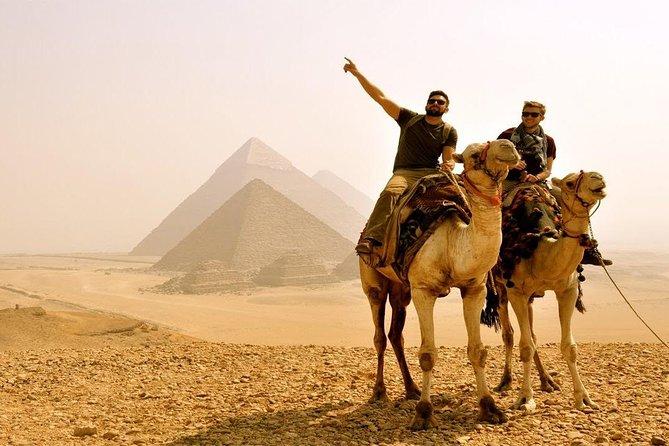 Tour di soste al Cairo alle piramidi di Giza Piramidi e bazar di Memphis Sakkara Dahshur