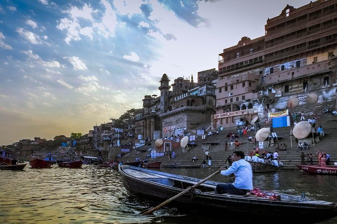 Full-Day Religious Varanasi and Sarnath Tour with Ganges Boat Ride