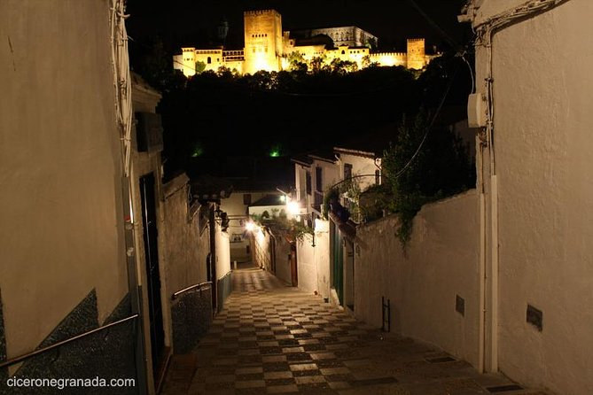 Discover Granada's Mysteries Private Tour