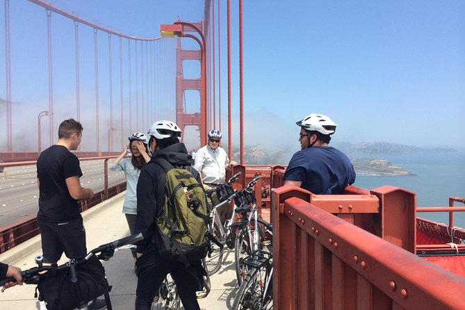 San Francisco Bike Rental for the Golden Gate Bridge - 24-Hour City Hybrid Bike