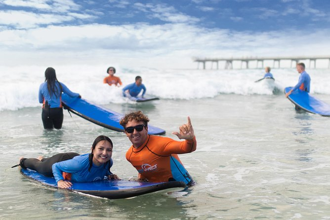 2-Hour Beginners Surf Lesson at Main Beach