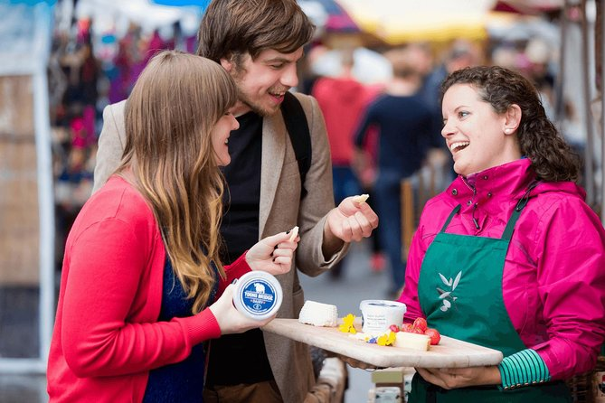Foodie walking tour of Galway city. Guided English/French. 2½ hours.