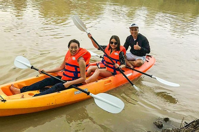Mekong Delta Cai Be Floating Market with Kayak Private Tour 1 Day