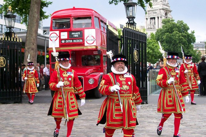 Tower of London and Afternoon Tea at Westminster Abbey by Vintage Bus