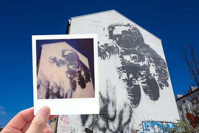 Polaroid Street Art Photo Tour Berlin