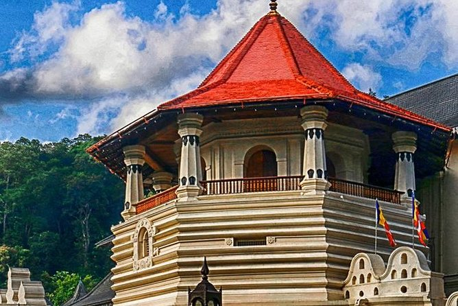 Trio Day Tours to Kandy, Sigiriya, Galle From Colombo