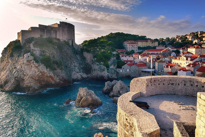 Private Transfer from Split to Dubrovnik with 2 Sightseeing Stops