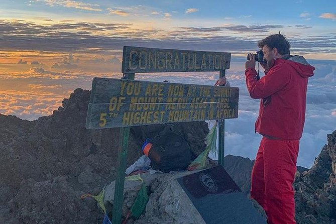 4 days Mount Meru Climb photo 4