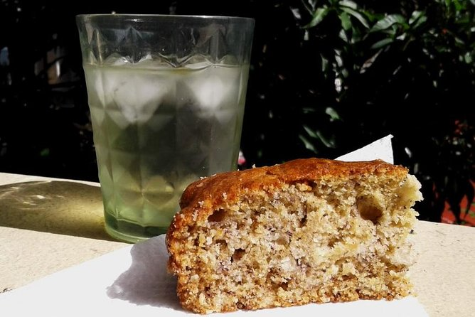 Homemade lemongrass iced tea and banana bread during snack break