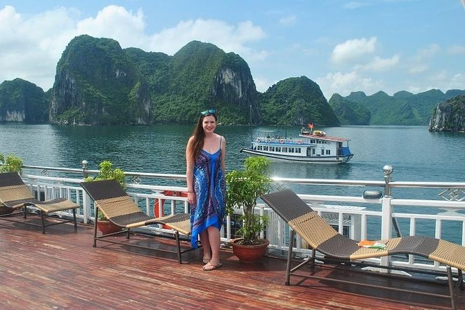 Bai Tu Long Bay 2days Overnight on Swan Cruise