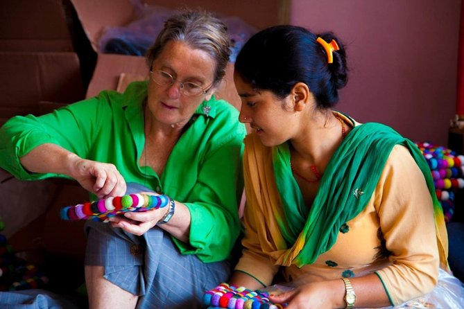 Half-Day Kathmandu Handicraft Workshop with Seven Women