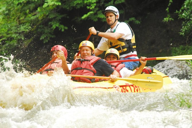 Class II & III White Water Rafting in Guanacaste