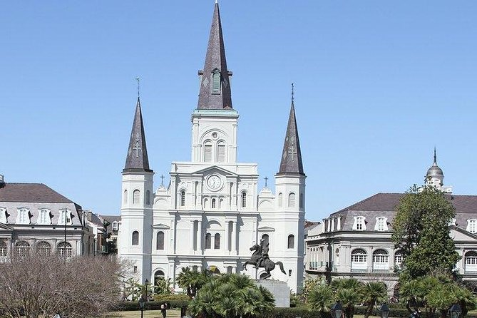 Henley's Private Tours - Best Private Driving City Tour in New Orleans