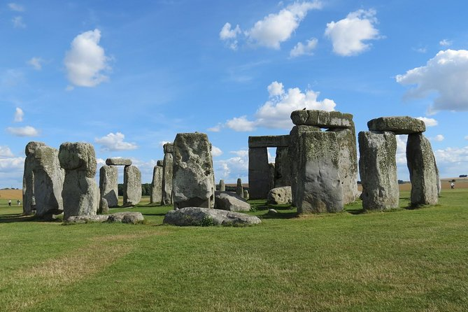 Stonehenge Independent Visit with Private Driver Up To 8 People