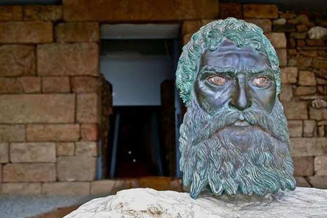Thracian Tombs Tour in the Valley of the Thracian Kings