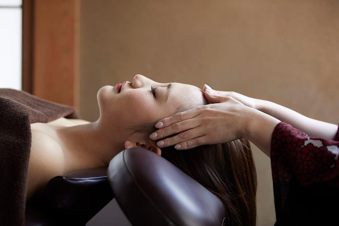 Head and body massage 30min 13:30 start