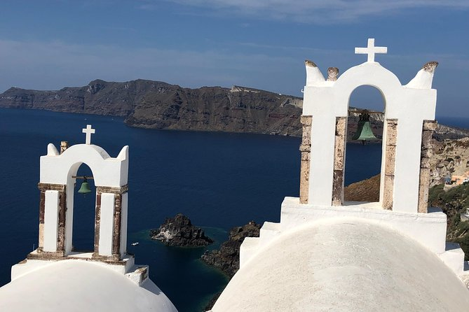 Santorini in One Day Private Deluxe Sightseeing Tour