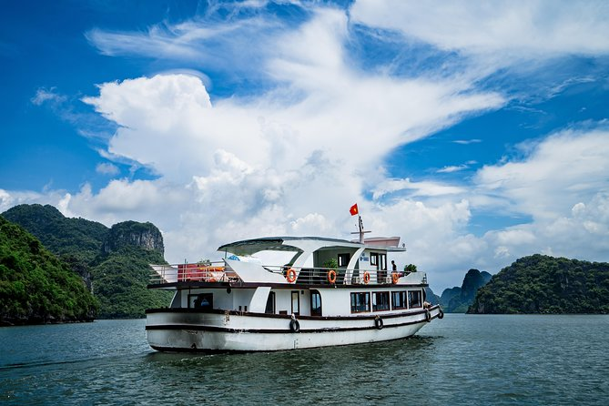 Halong-Lan Ha Bay fullday from Hanoi (Official site)