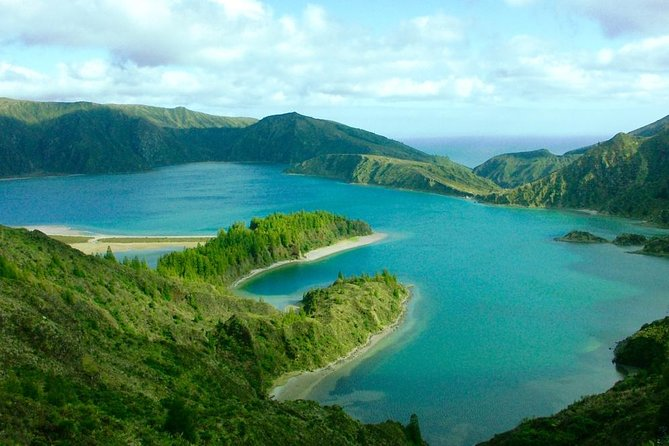 Lagoa do Fogo - half day tour