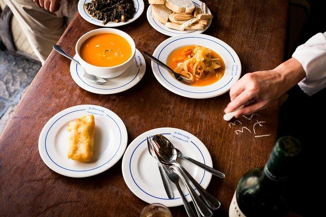 Lunch time Tapas Tasting Tour in Seville