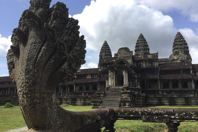 Explore Angkor Temples by Jeep photo 2