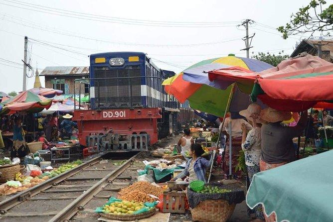 Authentic Railway Bazaar, Real Taste of Burmese People Life