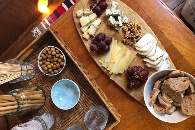 cheese-plate for sunset sail