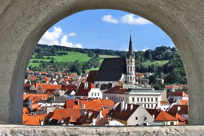 Private Transfer from Salzburg to Prague with a Stopover in Cesky Krumlov