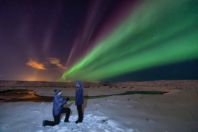 PRIVATE Northern light photo infused tour