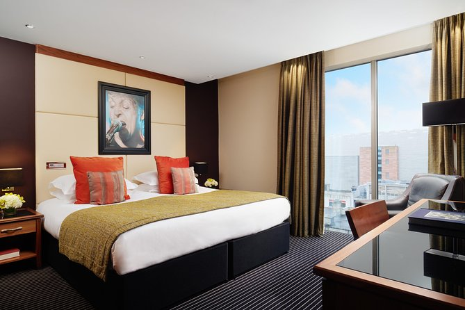 Overnight Rail to Liverpool from London: Hard Days Night Hotel & Beatles tour