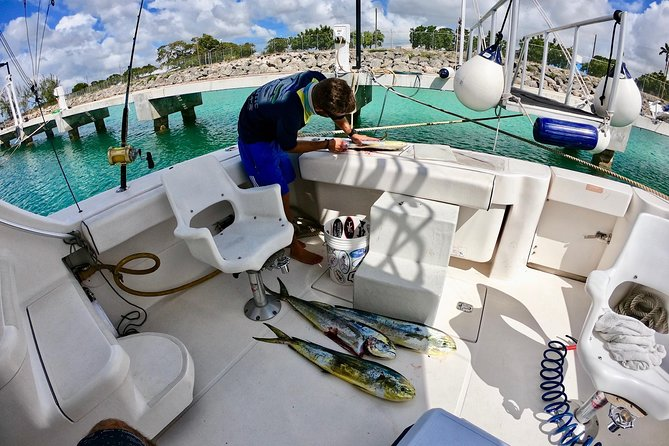 Deep-Sea Fishing Experience in Barbados onboard Nauti Dreams photo 8