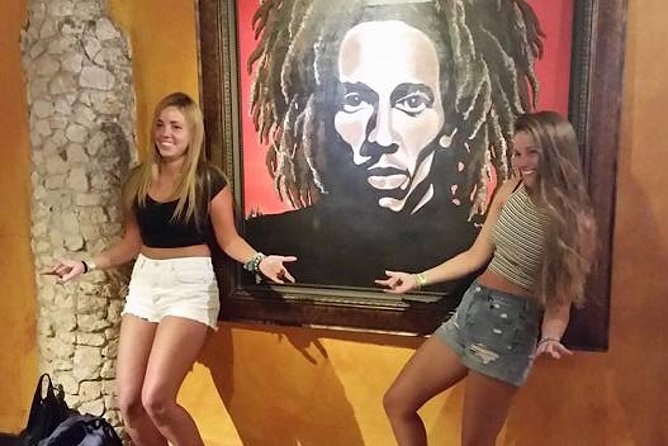Private Tour to Bob Marley's Nine Mile & Dunns River Falls