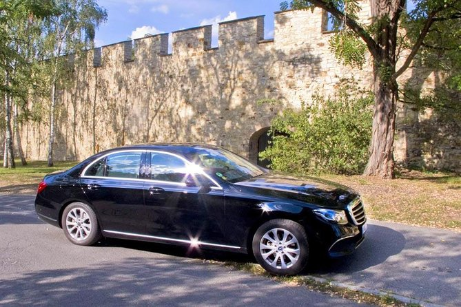 Private Transfer from Vienna to Prague with a Stopover in Cesky Krumlov