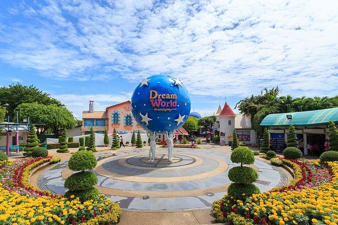 Bangkok Dream World & Snow Town Theme Park Admission Ticket
