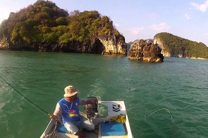 Amazing Fishing Experience in Langkawi (with Island Hoping & BBQ lunch) photo 1