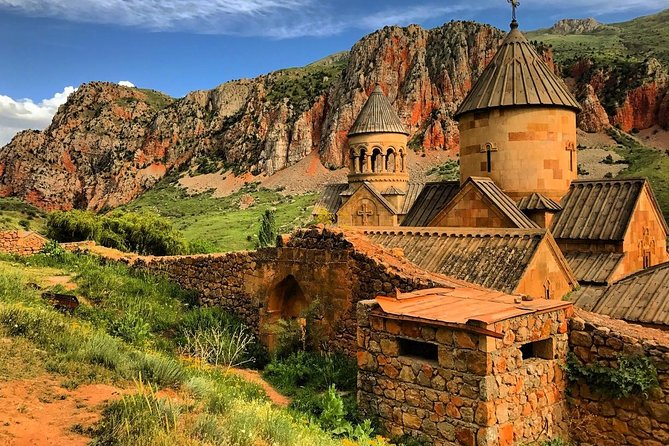Private Tour to Khor Virap-Noravank-Areni (winery and cave)