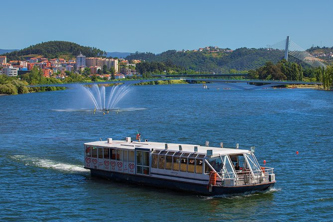 Coimbra Hop-On Hop-Off Tour and Mondego Cruise