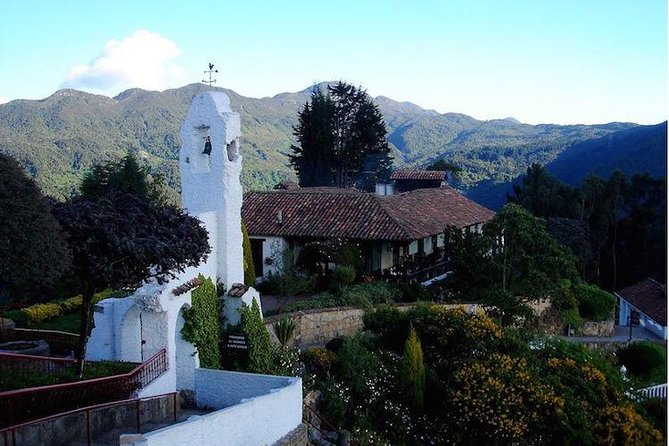 Bogota 8-hour Sightseeing Tour with Gold Museum, Monserrate and Colombian lunch