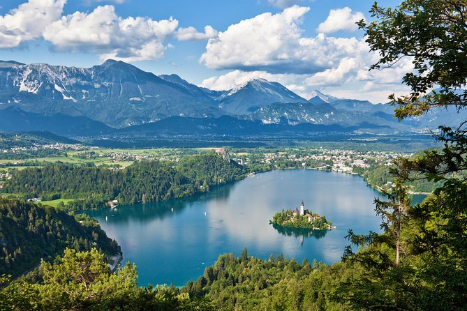 From Ljubljana:Bled Lake+Vintgar Gorge+Bike Rental+Rafting