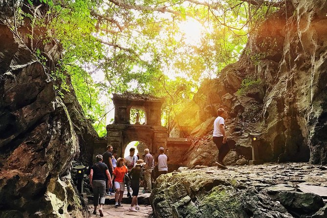 Marble Mountains, Stone Carving Village & Linh Ung Pagoda