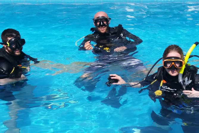 Scuba Diving Skills Refresher (2 hrs pool)