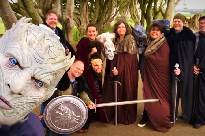 Game of thrones & Blood moon 25 locations season 1-8 mercedes private tour