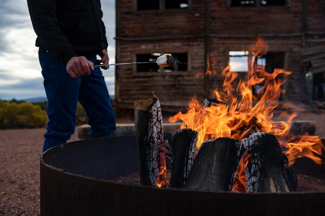 Campfire S'mores and Stars Tour in Kanab