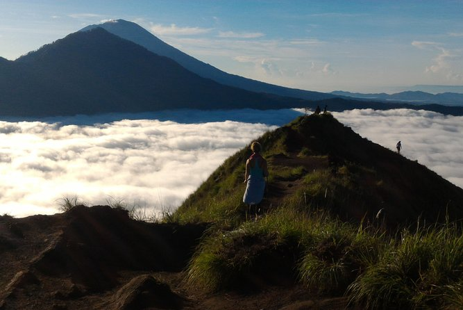 Mount Batur Volcano - Sunrise Trekking Tour with Breakfast on top
