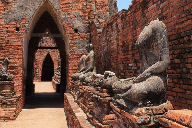 Best of Ayutthaya : 5 UNESCO temple group tour photo 3