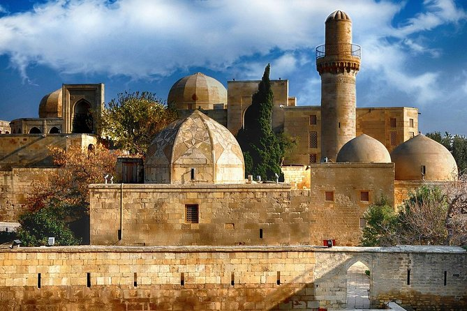 3 Days Baku Tour: Visit must-see places in our group tours