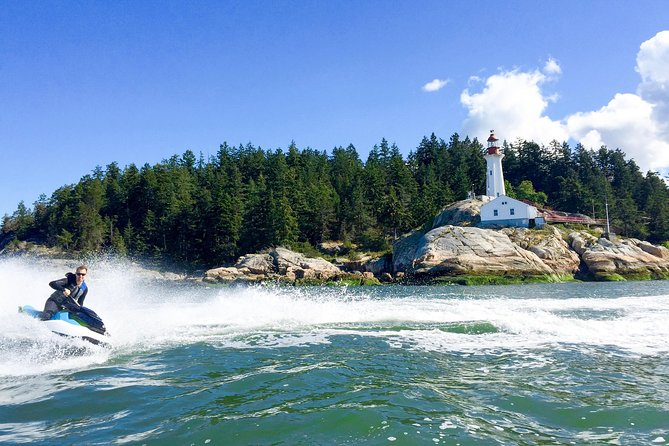 English Bay Jet Ski Tour from Vancouver with Dinner on Bowen Island