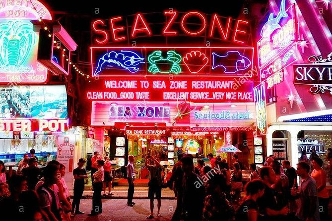 Join Escorted, Guided Hosted Nightlife Tours with Dinner