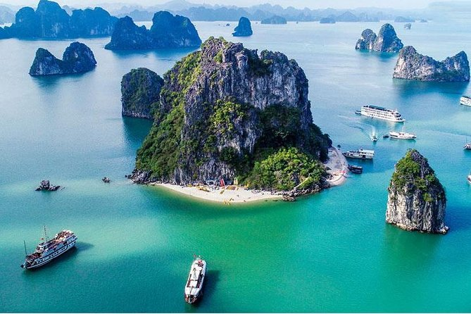 Full day private boat trip from Halong city photo 1